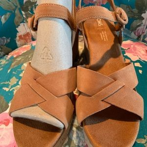 Toms Shoes - NEW TOMS Carmel Brown Suede Willow Wedges